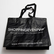shopping-bag-black-invite-a-friend