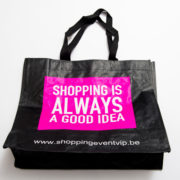 shopping-bag-fuchsia-invite-a-friend