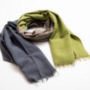 tricolor-sjaal-taupe-invite-a-friend